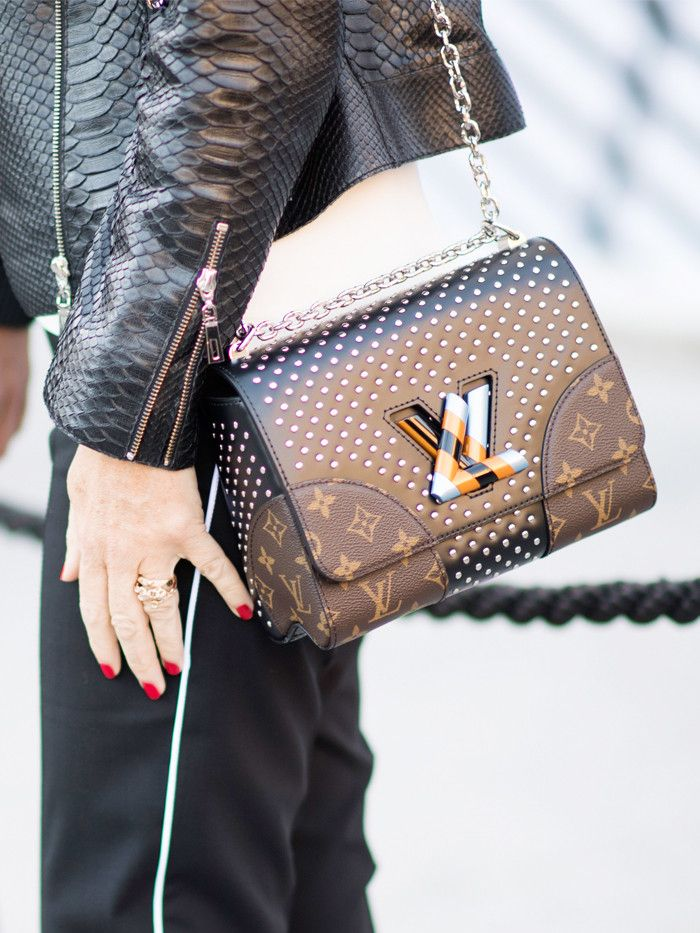 12c215fba1f8 Alert  This Is the Best Place to Buy a Louis Vuitton Bag