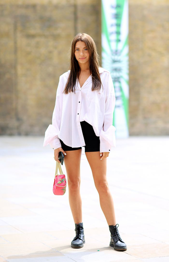 0f3fbaf5ea6 The Best London Street Style Looks of the Month | Who What Wear UK