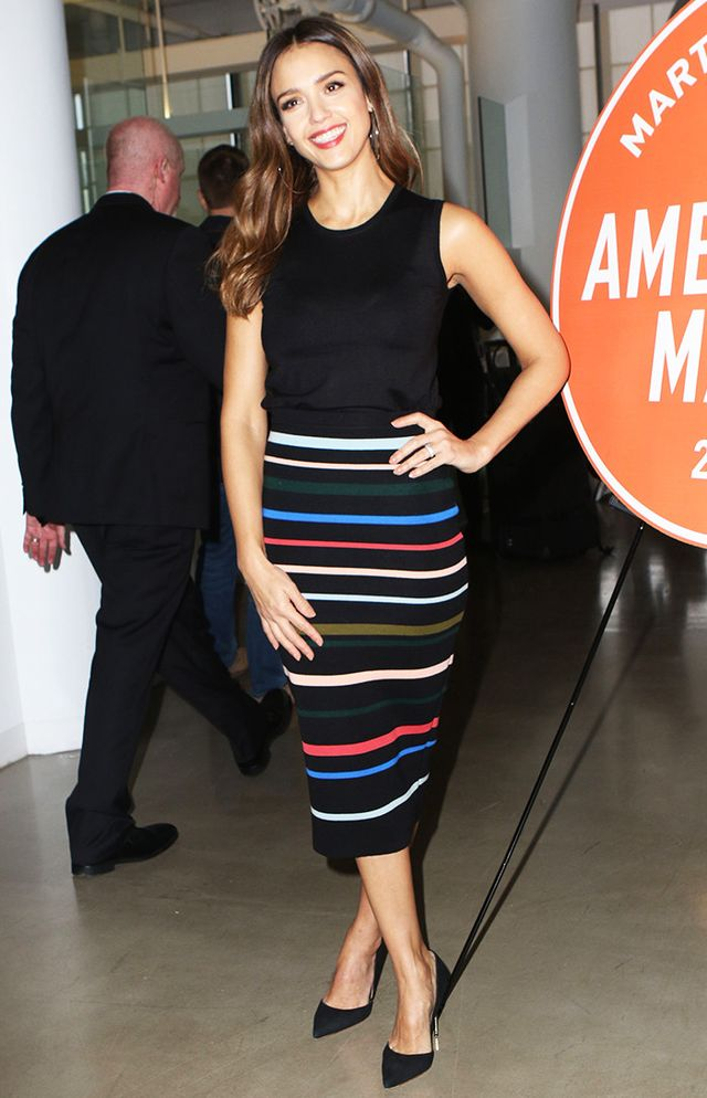 timeless pencil-skirt outfits: Jessica Alba