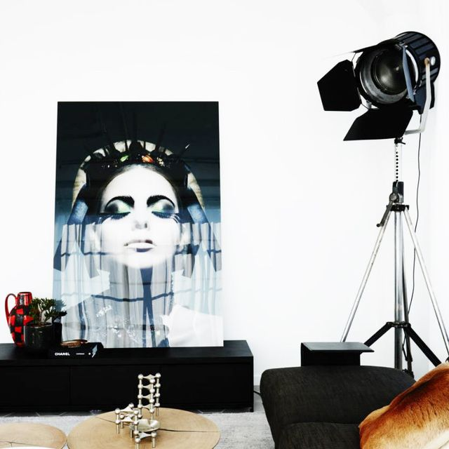 Tour This Art-Filled Surry Hills Warehouse Conversion
