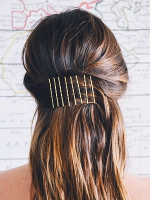 10 Things You Didn't Know You Could Do With Bobby Pins