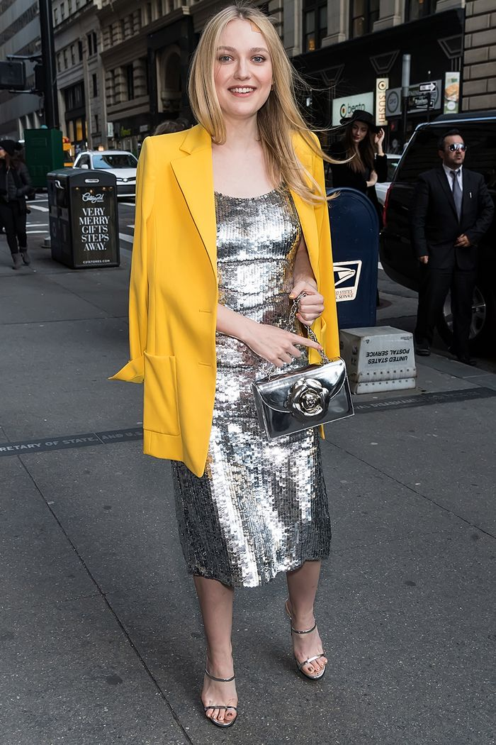 The Best Wedding Guest Outfit Ideas: 12 Chic Formulas to Try   Who ...