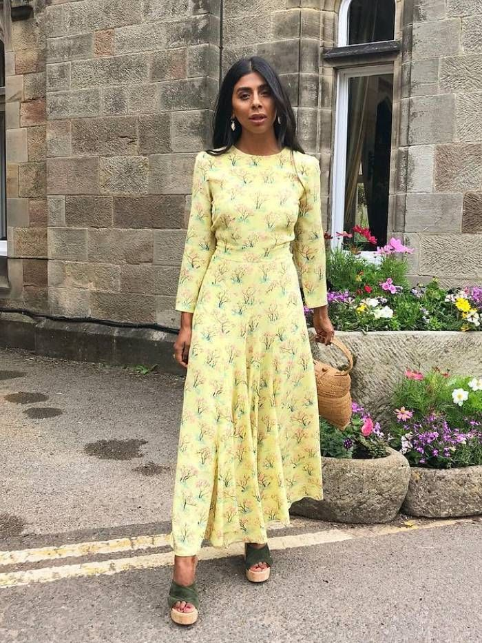 3d99e610ea603 The Best Wedding Guest Outfit Ideas: 12 Chic Formulas to Try | Who What  Wear UK