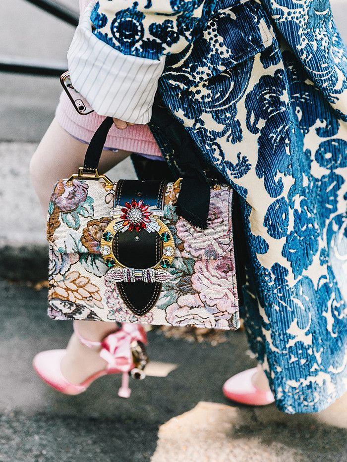8c952d4b4c7 This Brand s Handbags Have Officially Taken Over the Fashion World ...