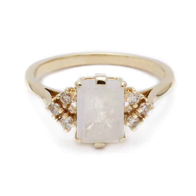 Anna Sheffield Bea Arrow Ring