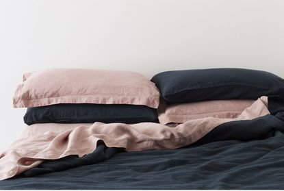 In The Sac Linen King Sheet Set