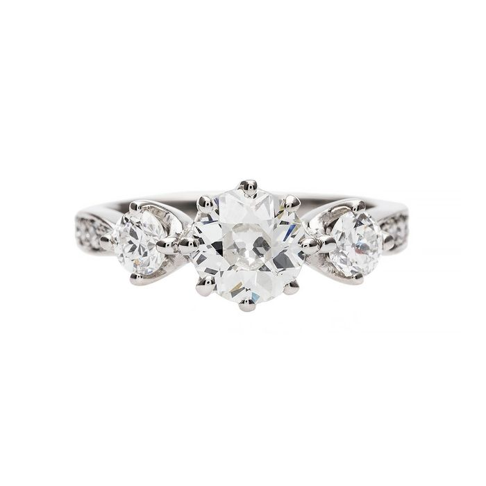 The 25 Best Vintage Engagement Rings\u2014and Where to Shop