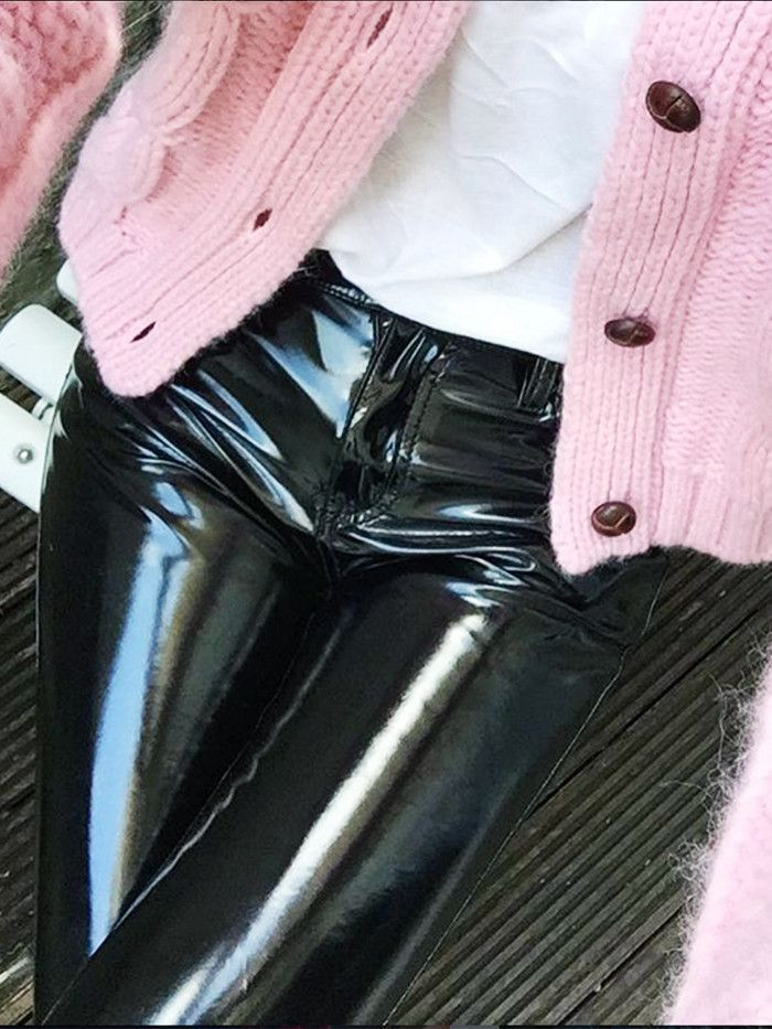 82ec75c967e We Tried All the New Vinyl Trousers