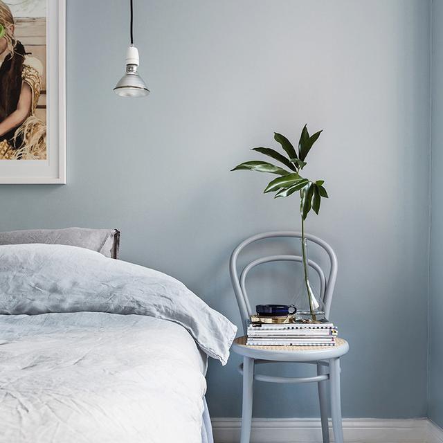 Interior Designers Always Notice These Bedroom Decorating Mistakes