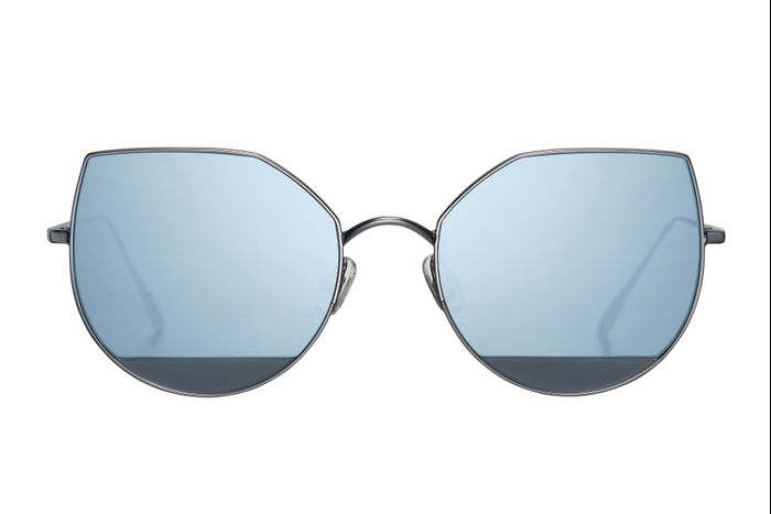bbb9bc64f154 Gentle Monster x Song of Style US 101 Sunglasses in Matte Black ( 260) ·  Pinterest