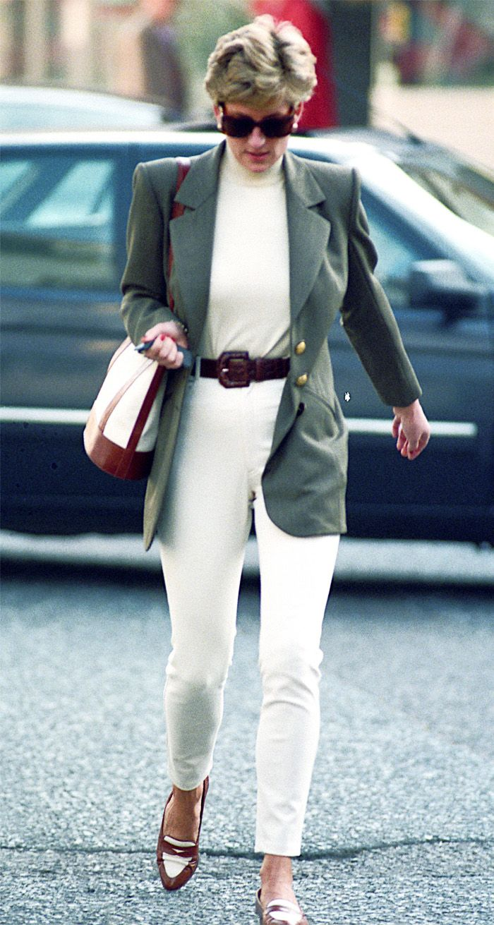 22 Princess Diana Outfits Well Never Tire of Looking At foto