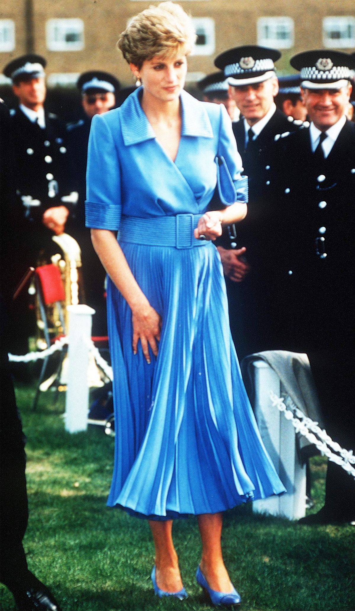 22 Princess Diana Outfits Well Never Tire of Looking At
