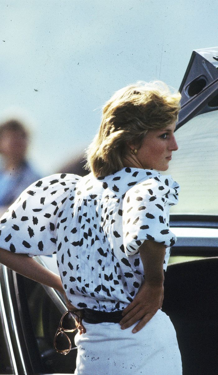 daf0a0c13d1b Princess Diana s Style  Her Most Iconic Looks