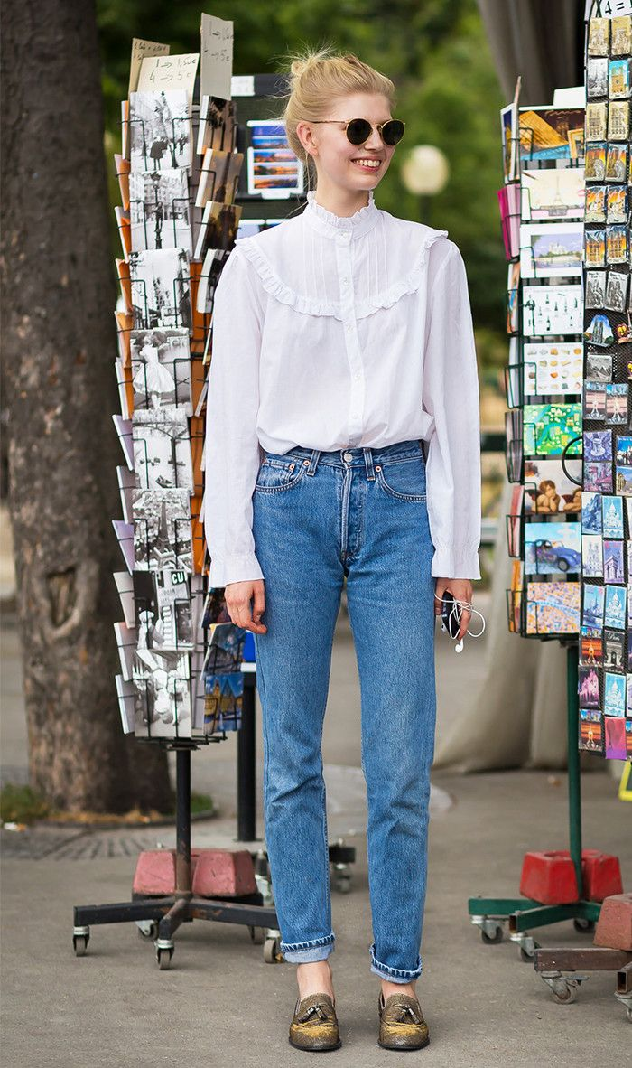 how to wear mom jeans—the tops shoes and boots that work