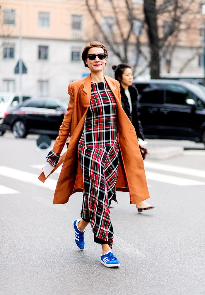 18aabd5cfa23 The Sneakers All Fashion Insiders Are Wearing Now