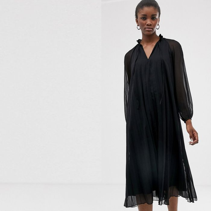 7d8b8f7152 The Best ASOS Dresses You Can Shop Right Now