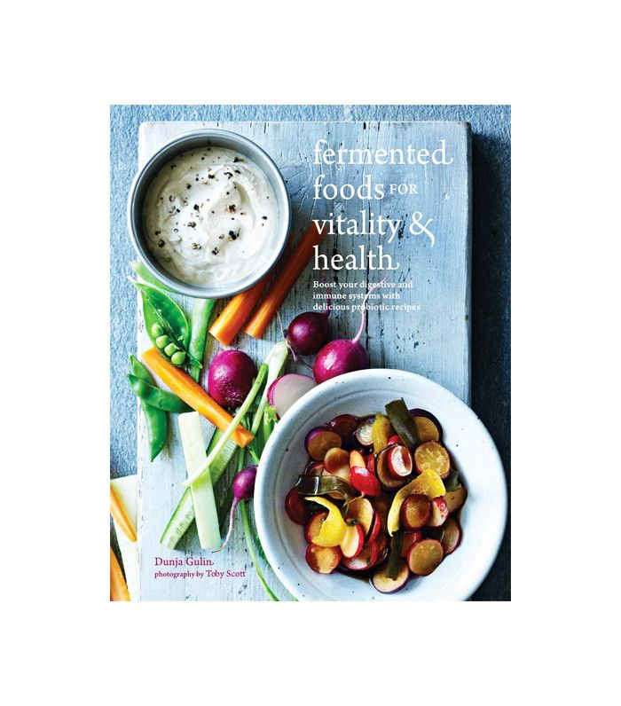 Emily Ratajkowski Diet: Credits Meat, High Protein Diet for Hot Bikini Body