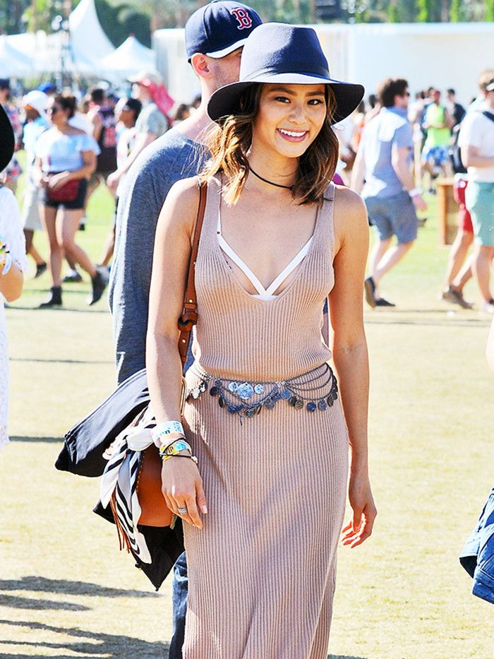 ea1e0c7ac96c9 7 Coachella Outfit Ideas When You re in Your 30s