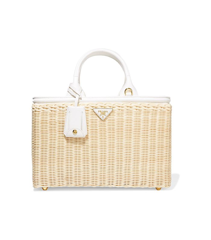 d4cd205c36b8 Turns Out This Classic Bag Trend Is Living Its Best Life   Who What Wear