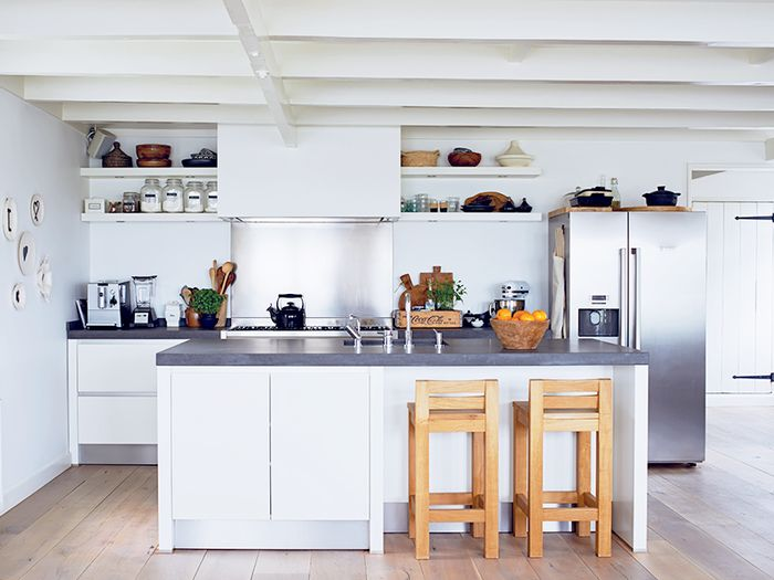The One Thing a Designer Would Never Do in a Small Kitchen