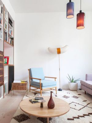 How to Decorate a First Apartment (Without Going Broke)
