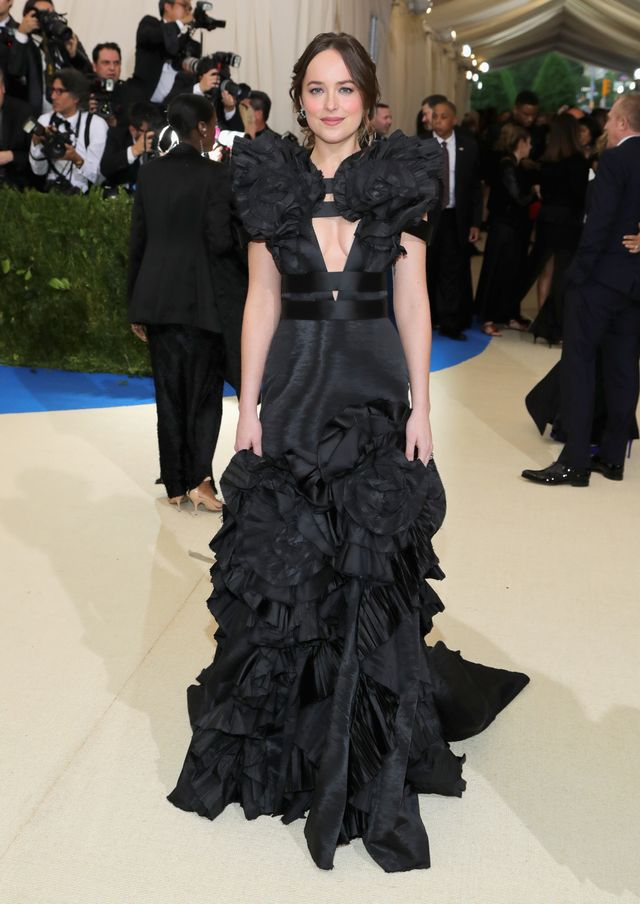 <p><strong>WHO:</strong> Dakota Johnson</p> <p><strong>WEAR:</strong> Gucci gown.</p>