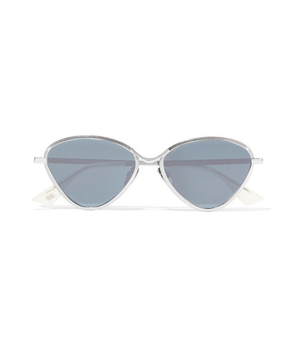 what to pack for a European vacation - sunglasses