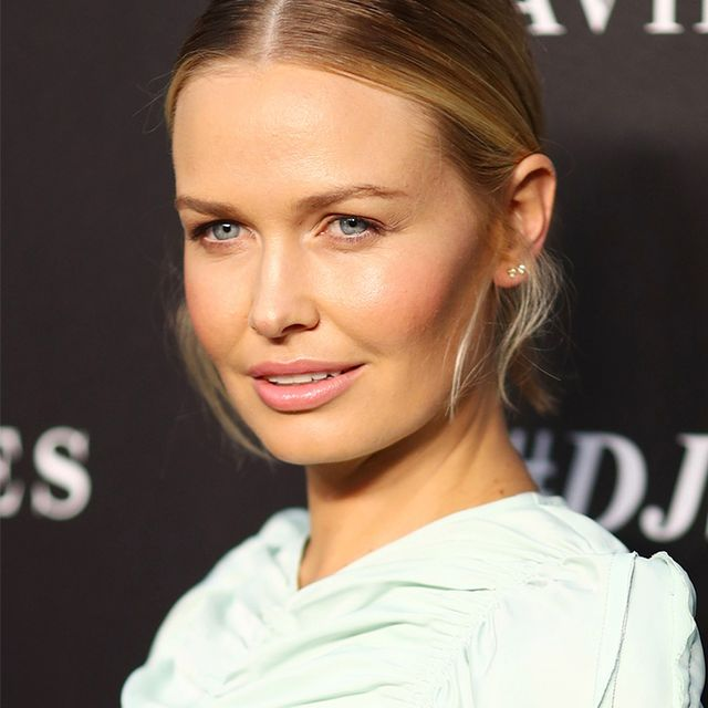 I Love This Natural Sunscreen More Than Cake (and So Does Lara Worthington)