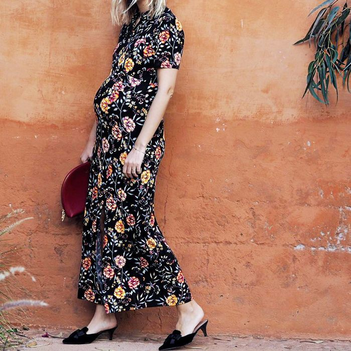 78cd2281d9 Best Maternity Wedding Guest Dresses: 9 to Shop Right Now | Who What ...