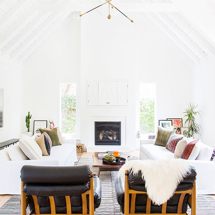 & The Most Stunning Vaulted Ceilings on Pinterest | MyDomaine
