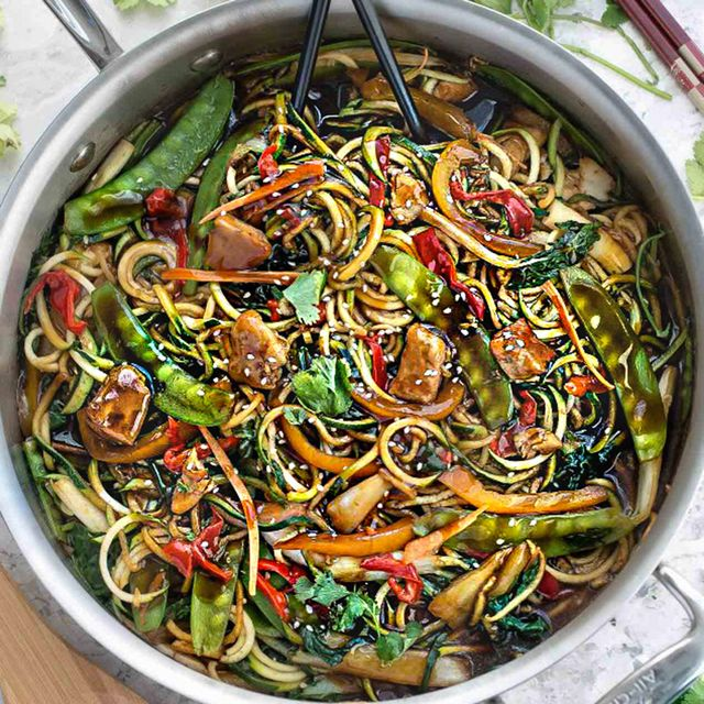 3 Insanely Simple and Tasty Chow Mein Recipes to Make Tonight