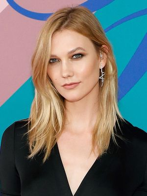 We Need to Talk About Karlie Kloss's Striking New Hair Colour