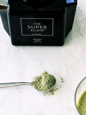 Do Superfood Powders Make You Superhuman? We Investigate