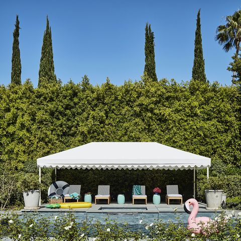 Step Inside Mindy Kaling's Stunning Backyard