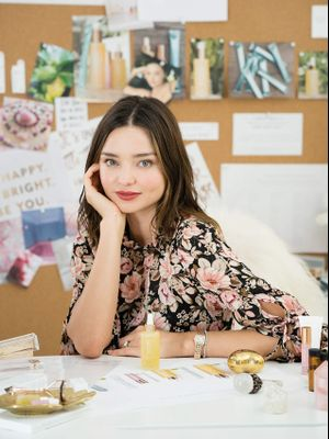 So, Miranda Kerr Has Been Using This Detox Hack For Over 7 Years