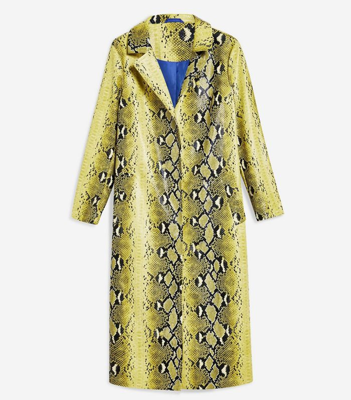 When Should You Buy Your Winter Coat?
