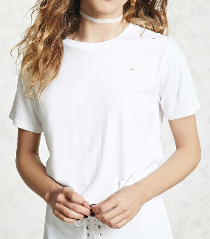 Hailey Baldwin S White Forever 21 Tee Is Perfect Who What Wear