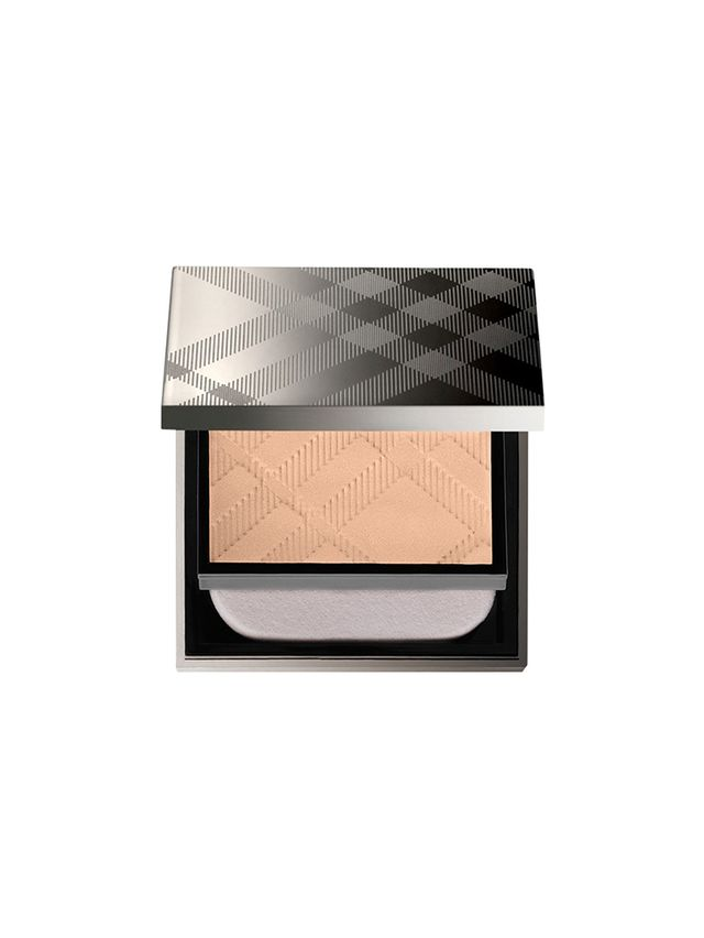Burberry Fresh Glow Compact Foundation