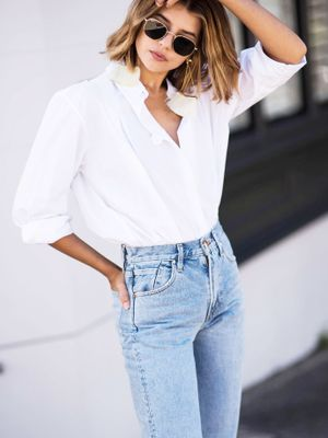 This Is the #1 White Shirt, According to the Internet
