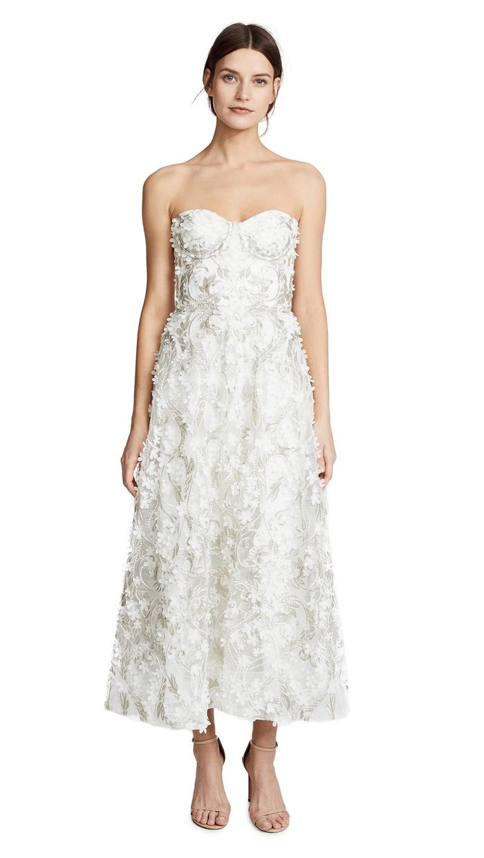 The best off the rack wedding dresses who what wear junglespirit Choice Image