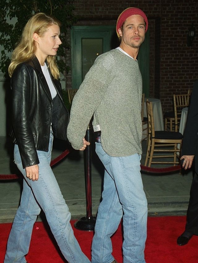 90s fashion:  Brad Pitt wearing baggy jeans and a beanie