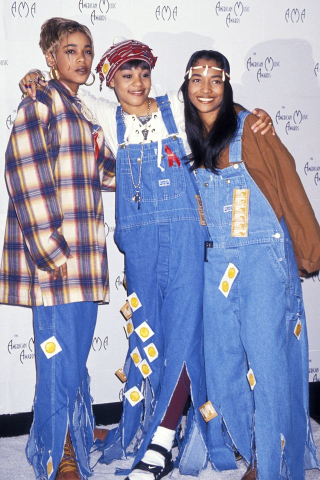 90s fashion: TLC wearing denim dungarees