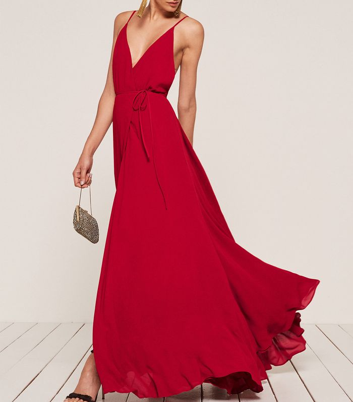 Simple Wedding Dresses You Can Wear Again: Can You Wear Red To A Wedding?