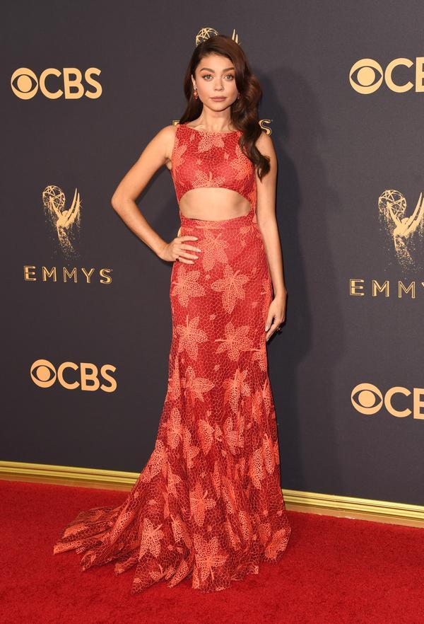 Sarah Hyland Emmy Awards 2017 Red Carpet Celebrity Looks