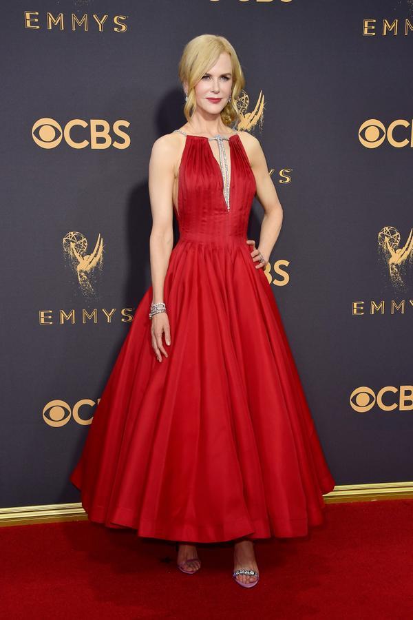 Nicole Kidman Emmy Awards 2017 Red Carpet Celebrity Looks