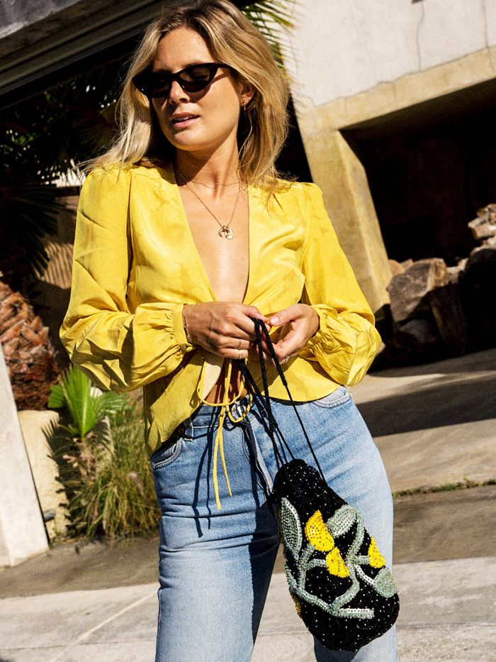 829c353fc1633 Braless  The Golden Rules of Ditching Your Bra Like a Celeb