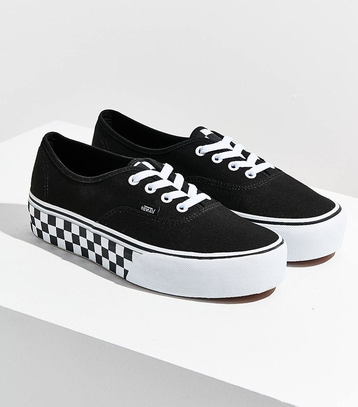 c07e67fc7ac7 The 5 Most Iconic Vans Styles