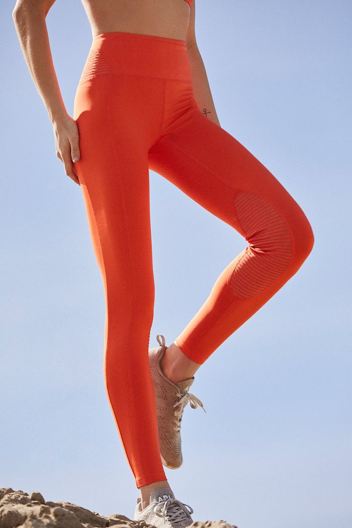 Where Fashion Girls Buy Affordable Workout Clothes  ac528a43b