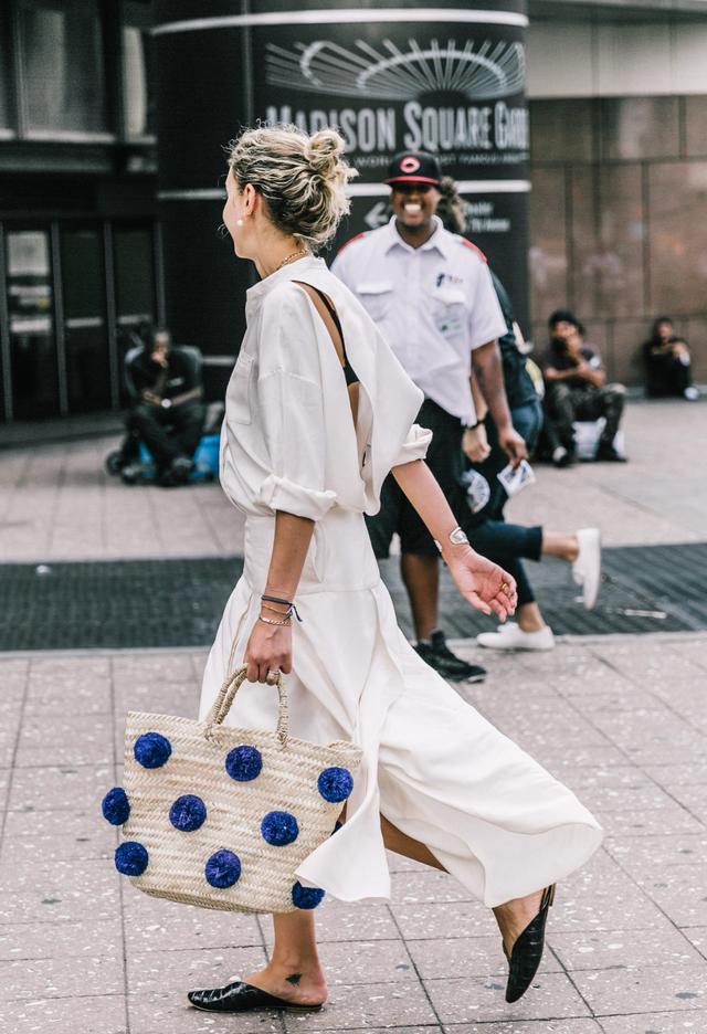 White Shirt for Summer Street Style