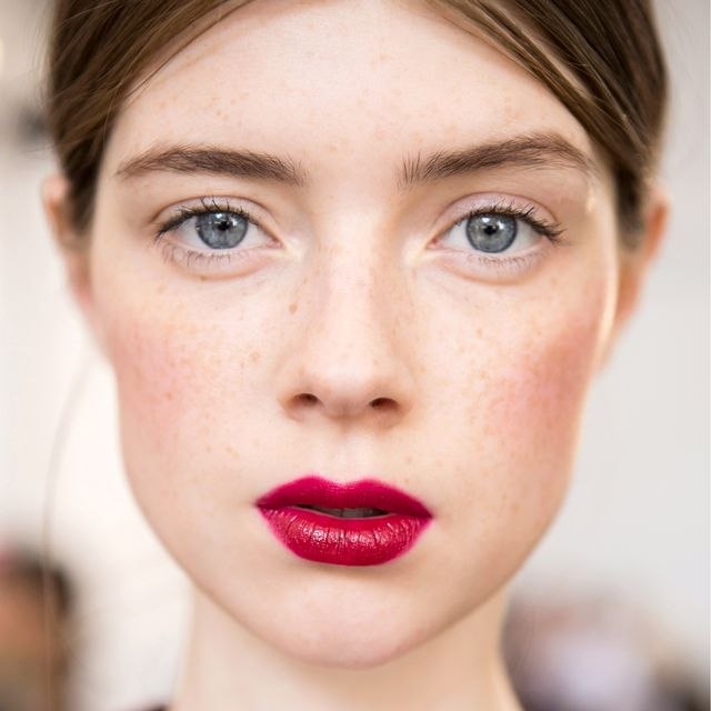This French-Girl Foundation Hack Is Simple, Surprising, and Kind of Genius